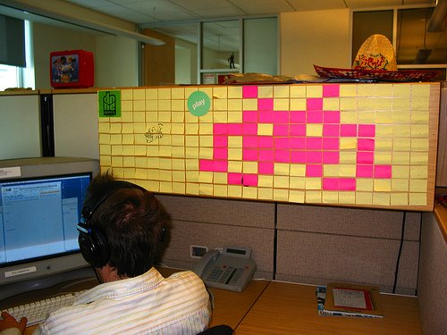 263675096 d9f9b68f0a Post its Note Art: 8 bit Edition