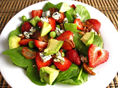 Strawberry+and+Avocado+Spinach+Salad+500 Yummy Office Lunch and Lunch Container Ideas