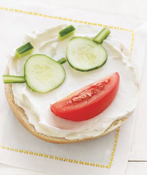 bagel cream cheese 300 Yummy Office Lunch and Lunch Container Ideas