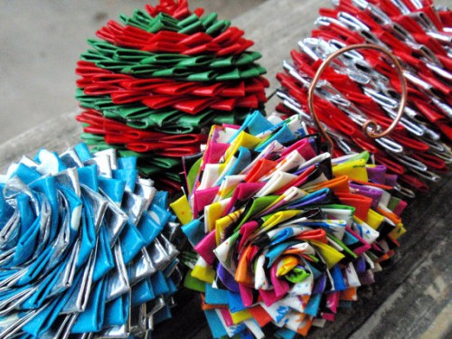 duct tape ornaments 500x375 best of office weekend roundup 68