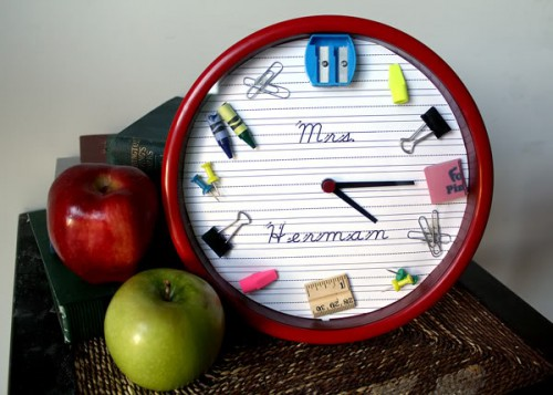 school supplies clock 500x357 best of office weekend roundup 66