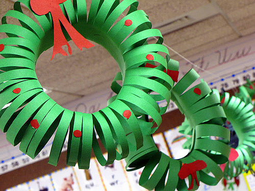 construction paper wreath best of office weekend roundup 76