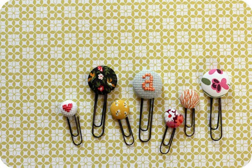fabric paper clip bookmarks 500x333 best of office weekend roundup 76