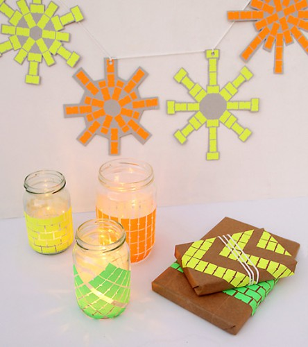 neon-price-tag-gift-wrap