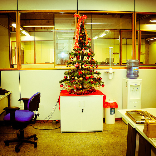 office-christmas-tree