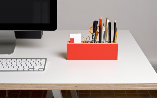 red wooden pencil holder 500x312 best of office weekend roundup 75