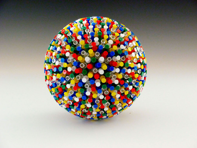 thumbtack-ball