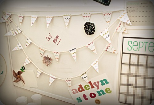 dry erase board bunting 500x343 best of office weekend roundup 80