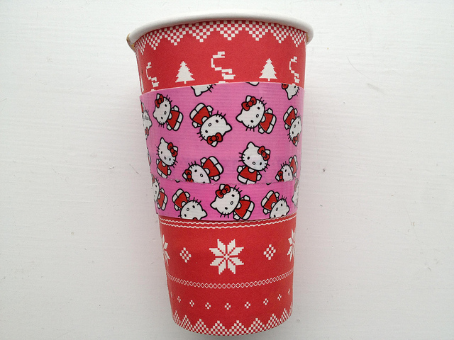 diy-duck-tape-coffee-sleeve