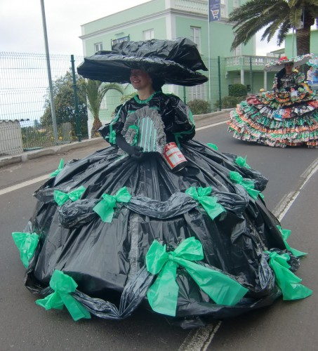 garbage bag dress 453x500 best of office weekend roundup 84