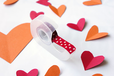 heart-tape-dispenser