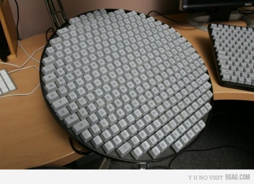keyboard circle 500x362 Cool Keyboards