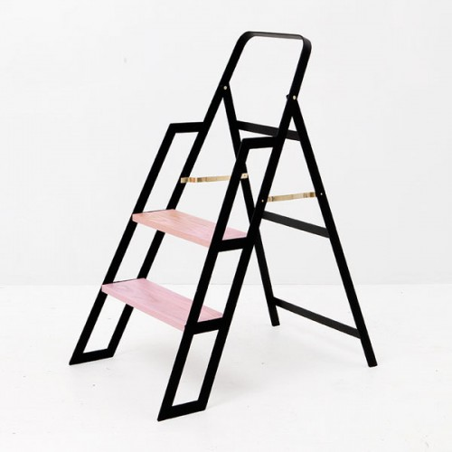 pink black step ladder 500x500 best of office weekend roundup 85