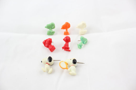 snoopie-push-pins