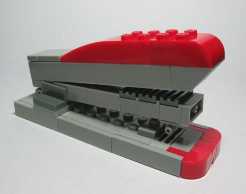 lego stapler1 500x396 Best of Office Weekend Roundup 91