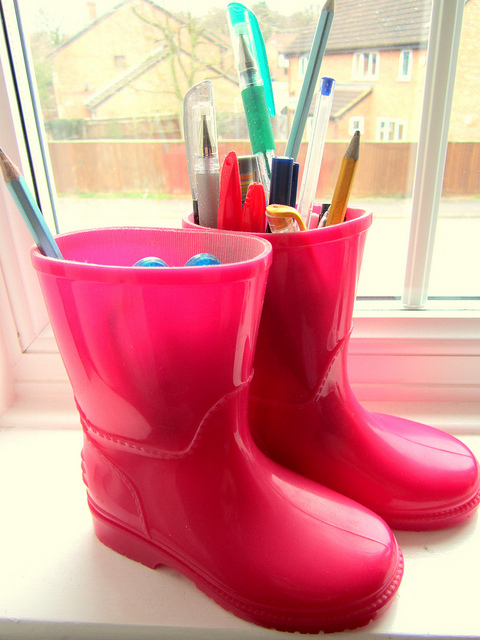 rainboot pen holders Best of Office Weekend Roundup 91