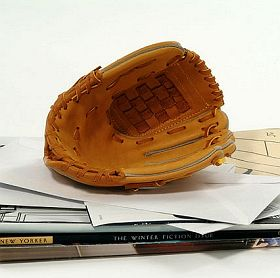 baseball-mitt-business-card-holder