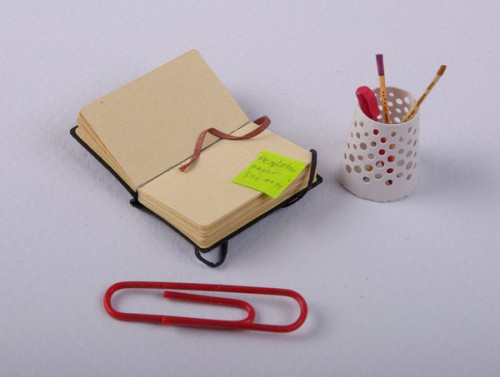 love books love stationery 500x377 Mini Desk or Giant Cat?