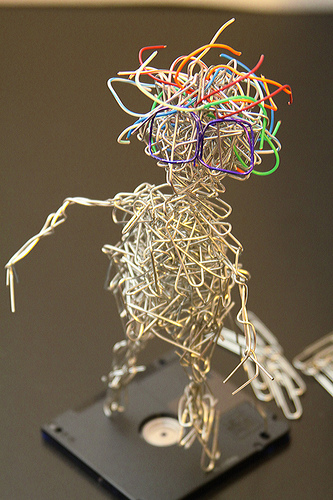paper-clip-statues