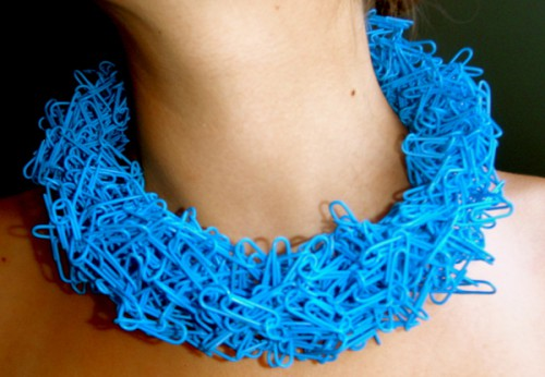 paper clip necklace blue 500x346 Paper Clip Chokers