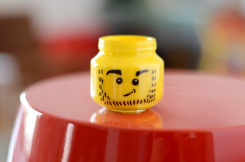 diy legohead pencil cup 500x332 Best of Office Weekend Roundup 119