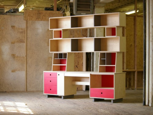 largedeskred 500x375 Casa Kids Desks