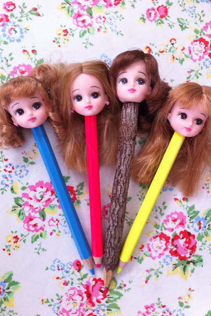 doll head pencils Best of Office Weekend Roundup 133