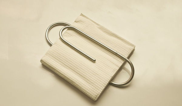 paper-clip-napkin-holder