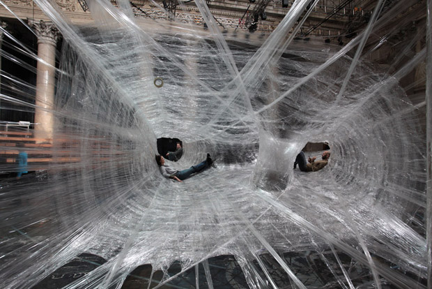 spider web packing tape 2 Giant Spider Web of Packaging Tape