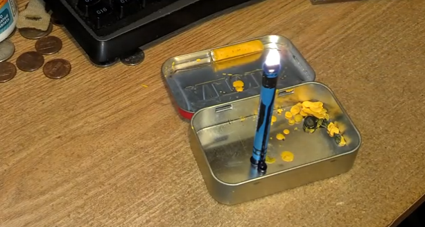 burn crayons as candles in an emergency Best of Office Weekend Roundup 156
