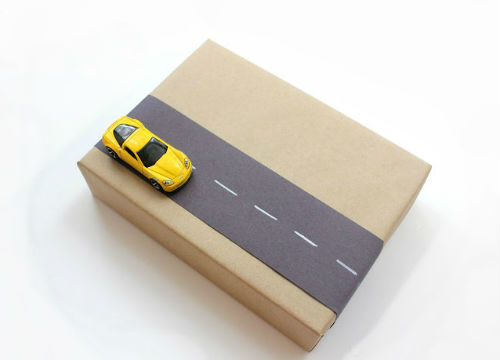 5 interactive wrapping car road kids 2 Tis the Season for Gift Wrapping