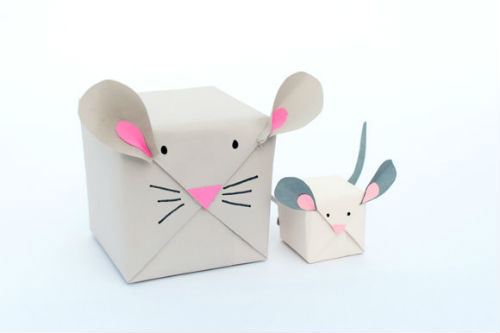 7 diy christmas mouse Tis the Season for Gift Wrapping