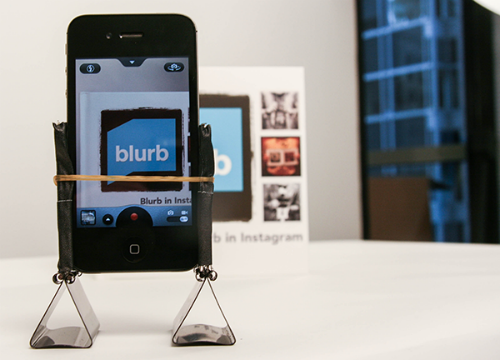 DIY iPhone tripod11 13 Binder Clip Hacks!