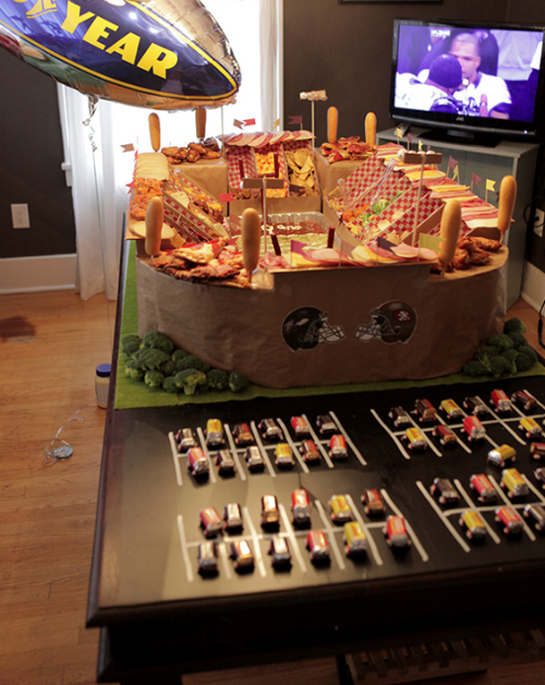 super-bowl-snack-stadium
