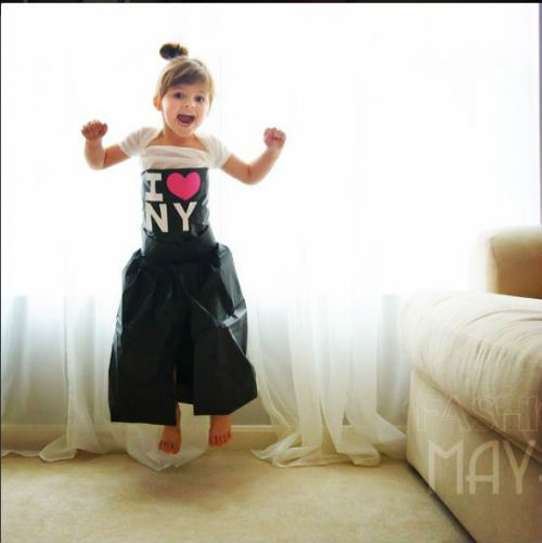 Capture Mommy Daughter Duo Make Dresses Out of Construction Paper + Tape