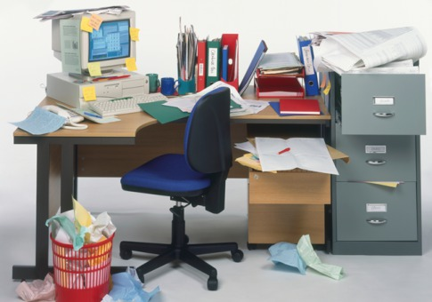 0131_messy-office_485x340
