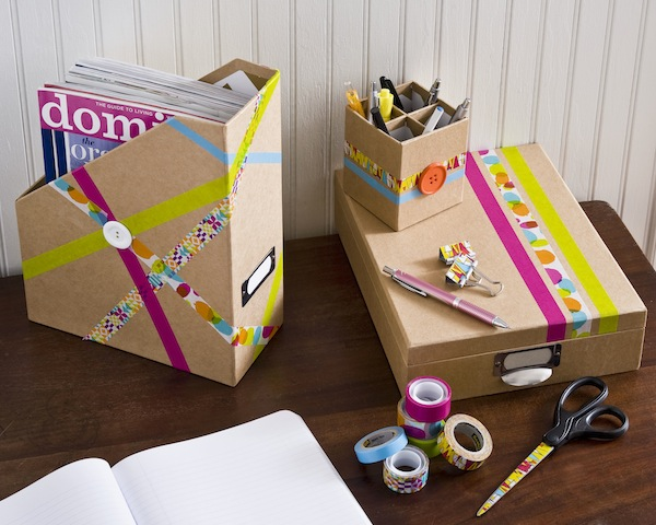Decorate-your-desk-accessories-with-cool-tapes