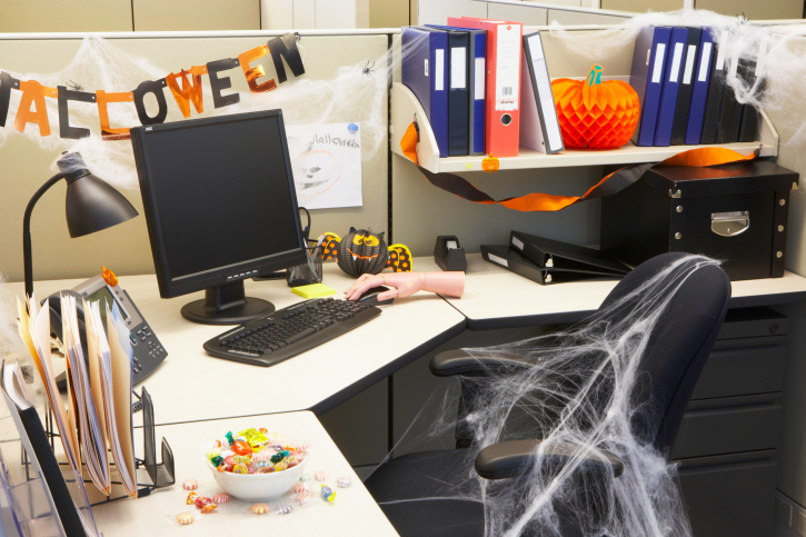 Halloween Cubicle