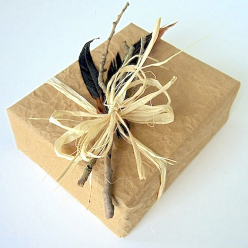 recycled-gift-wrapping-ideas