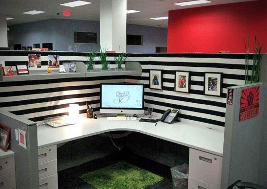 Friday fun chic cubicle ideas that will make you want to How to make your cubicle look classy